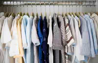 como organizar um guarda roupas