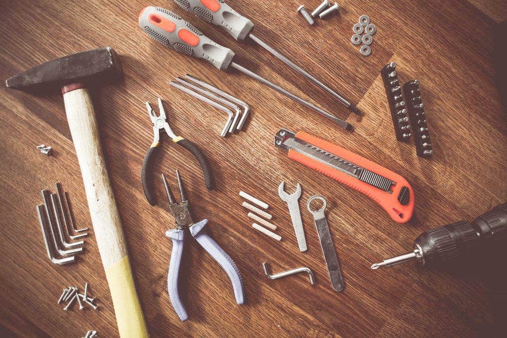 Como montar móveis - ferramentas