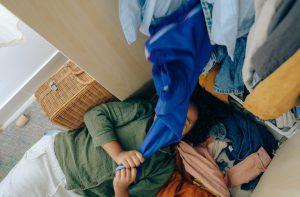 Como organizar um closet