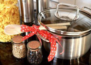 Como embalar pequenos objetos de cozinha