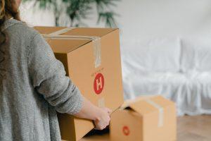 Vale a pena comprar caixas para mudança